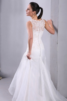 2016 Vintage Bateau Neckline Illusion Wedding Dress
