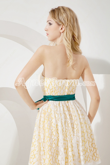 Simple Short Yellow Lace Bridesmaid Dresses