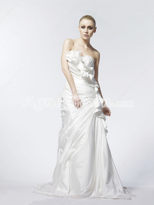Sweetheart A-line Taffeta Wedding Dress With Frills