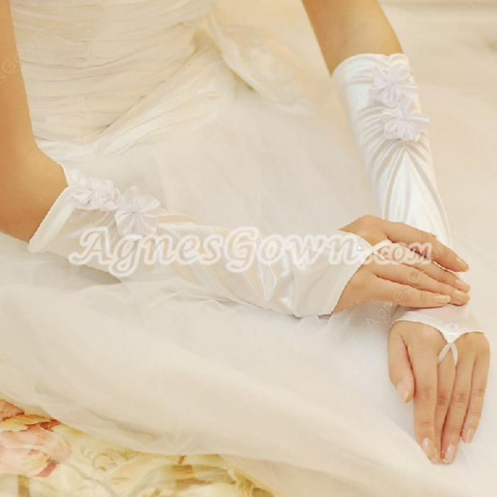 Charming Fingerless Wedding Gloves