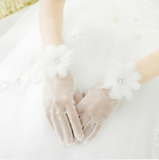 Flowers Sheer Gloves For Wedding