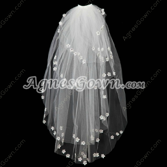 Fantastic Wedding Veil With Daisy Flowers
