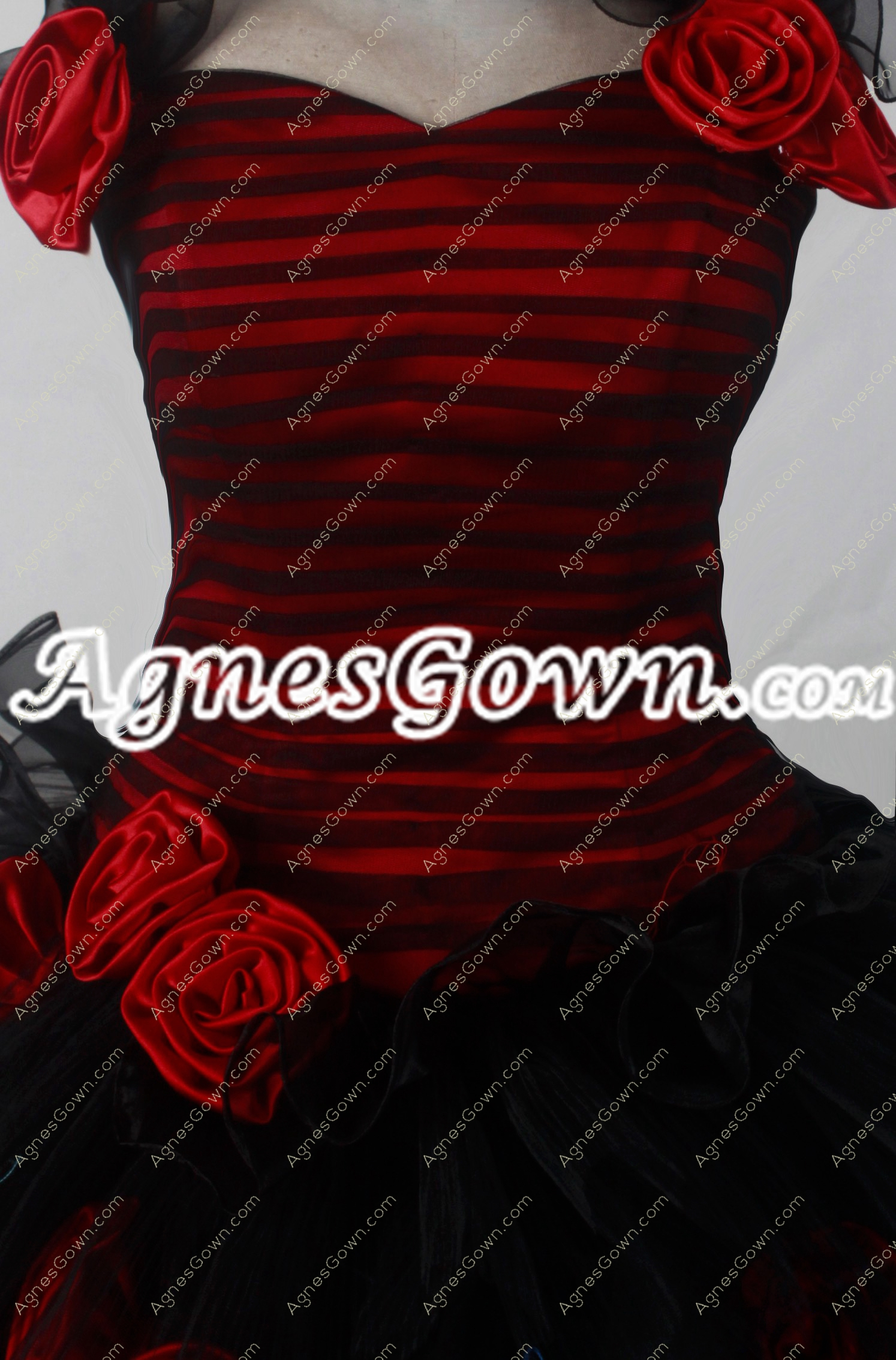 Gothic Red And Black Top Halter Quinceanera Dress